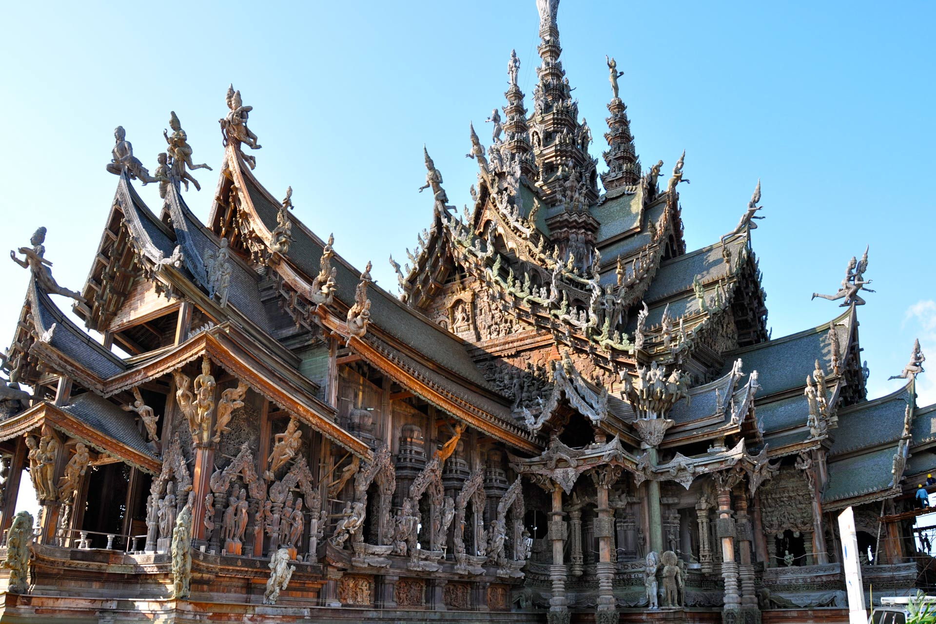 Pattaya-Sanctuary_01